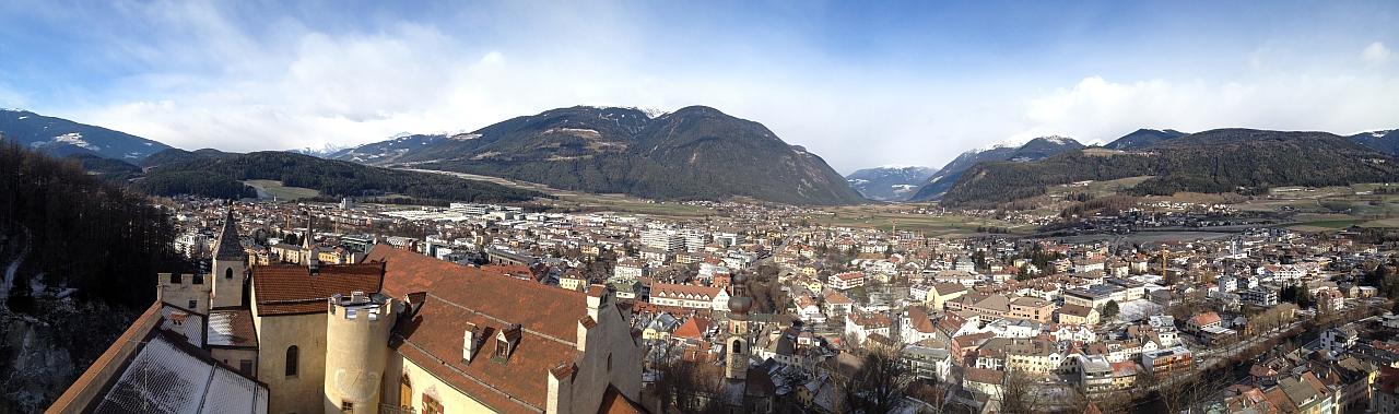 Blick von Burg Bruneck ins Tauferer Tal