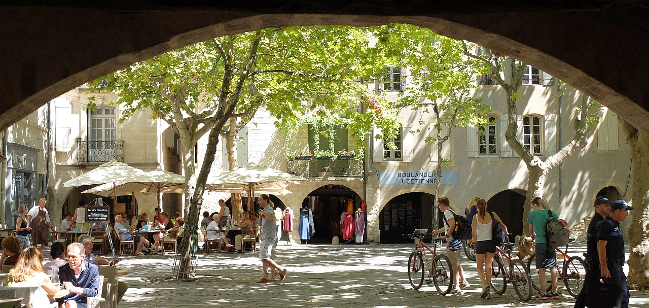 Marktplatz Uzès