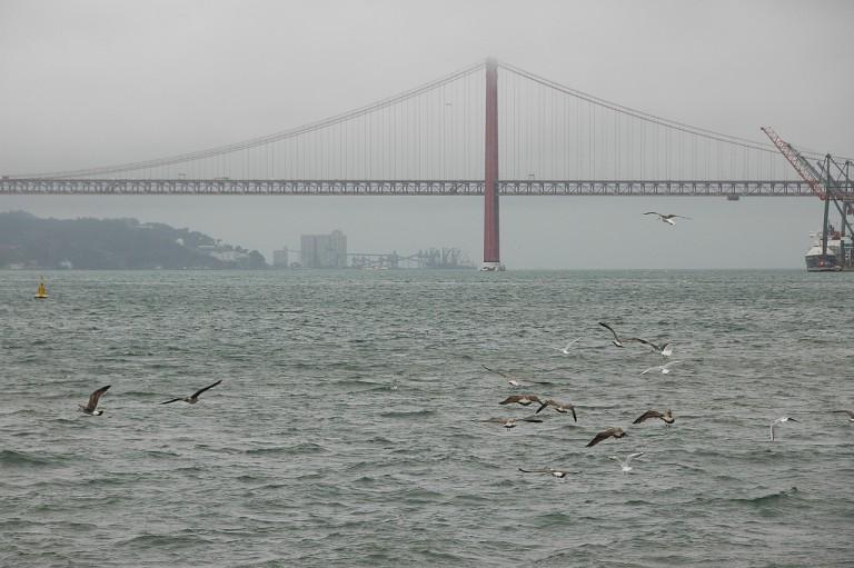 Blick auf Tejo-Brücke