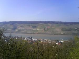 Rhein 18.04.2008