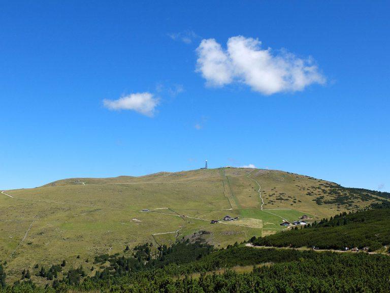 Blick von Schwarzseespitze zum Rittner Horn