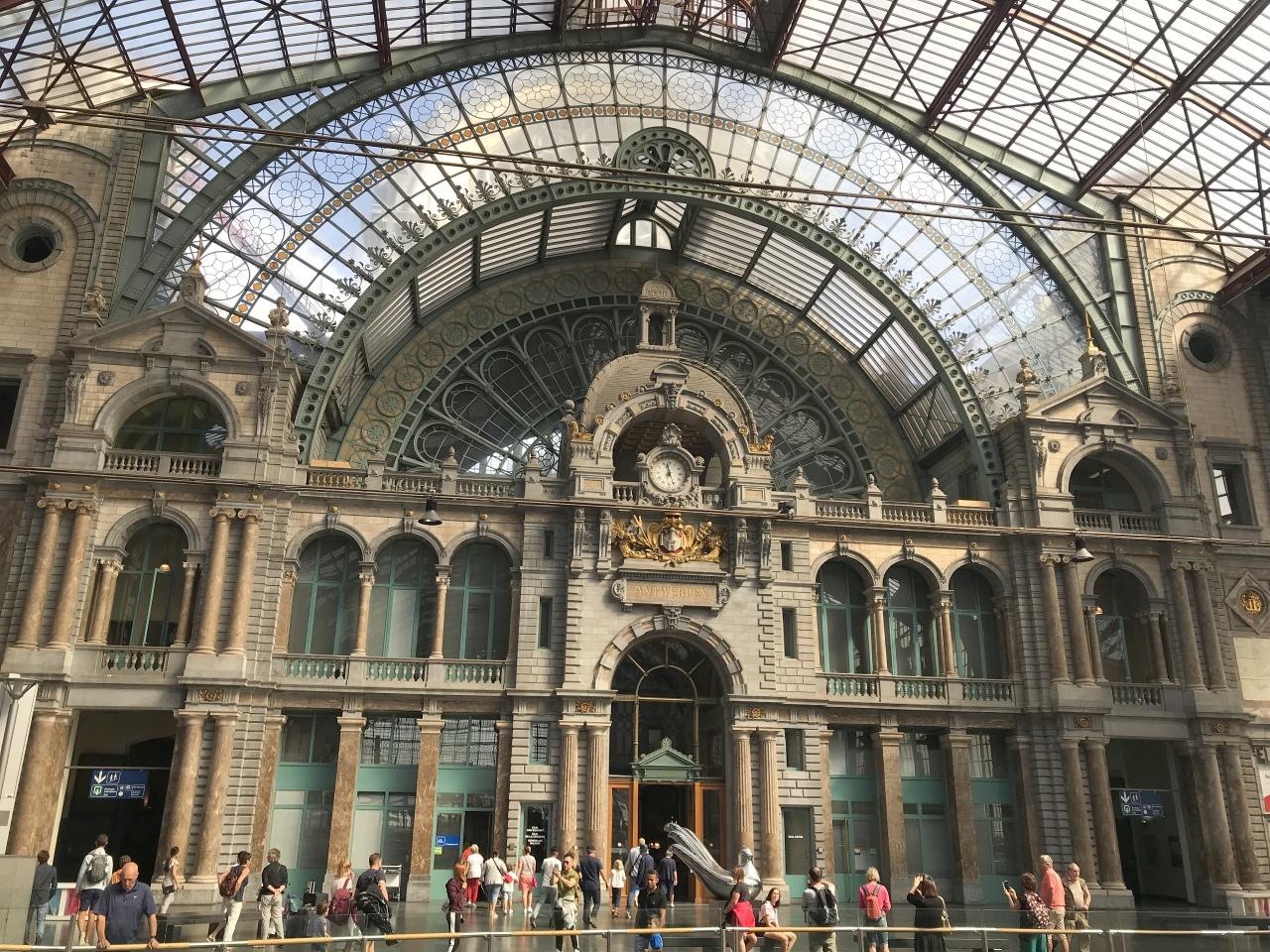 Bahnhof Antwerpen
